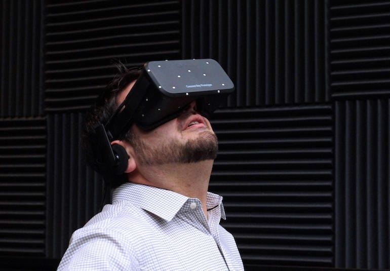 oculus-crescent-bay-ces-20151.jpg
