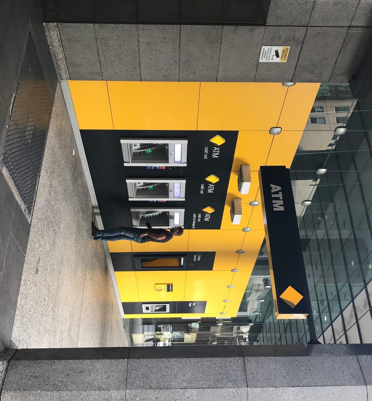 commonwealth-bank-of-australia-cba.jpg