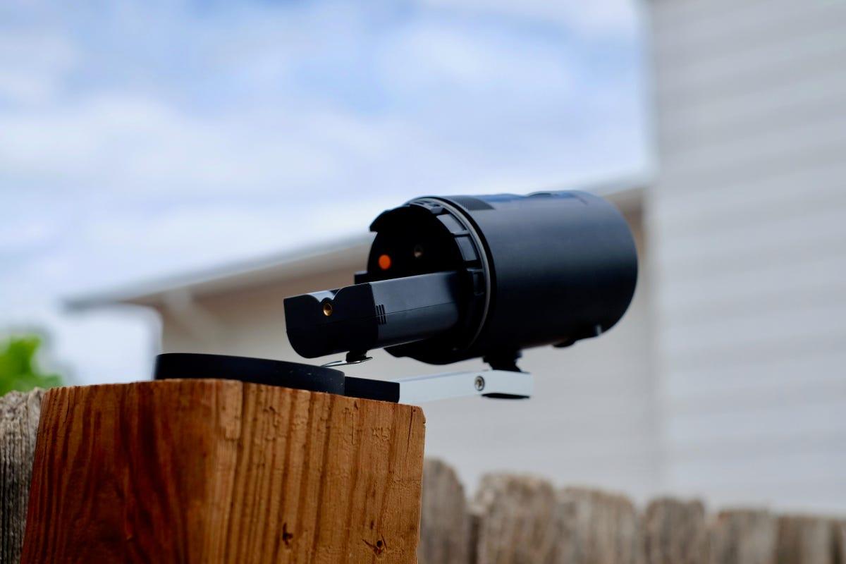 ring-stick-up-cam-battery-2.jpg