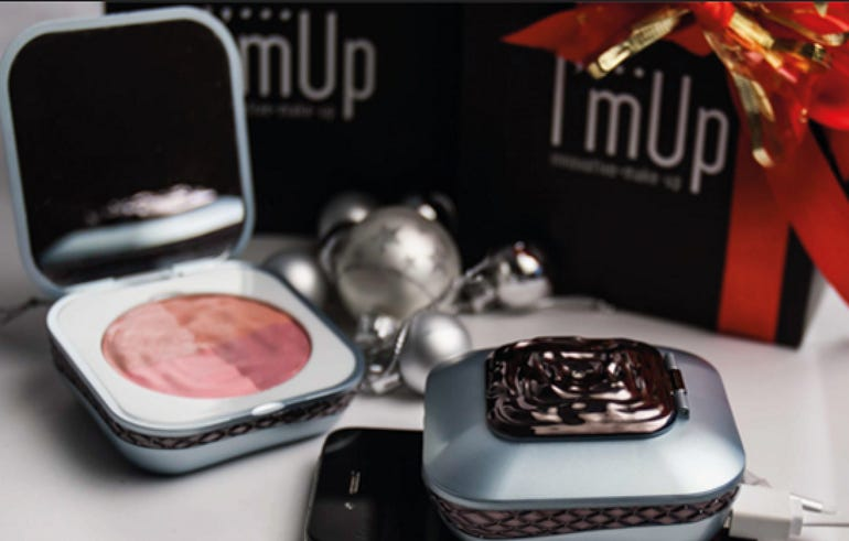 I'mUp compact mirror, portable charger