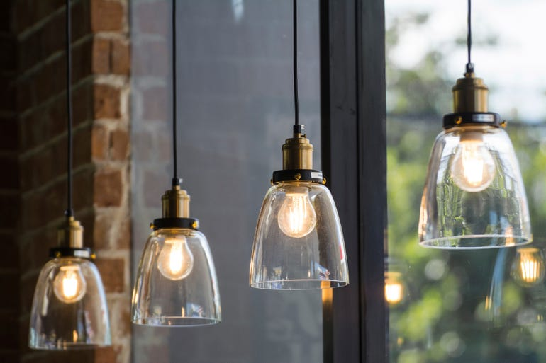 lightbulbs-istock.jpg