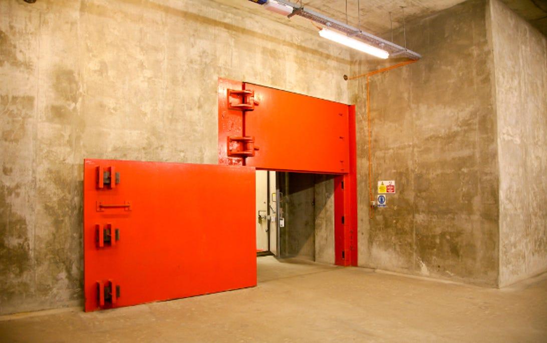bunker2015juldoor3.jpg
