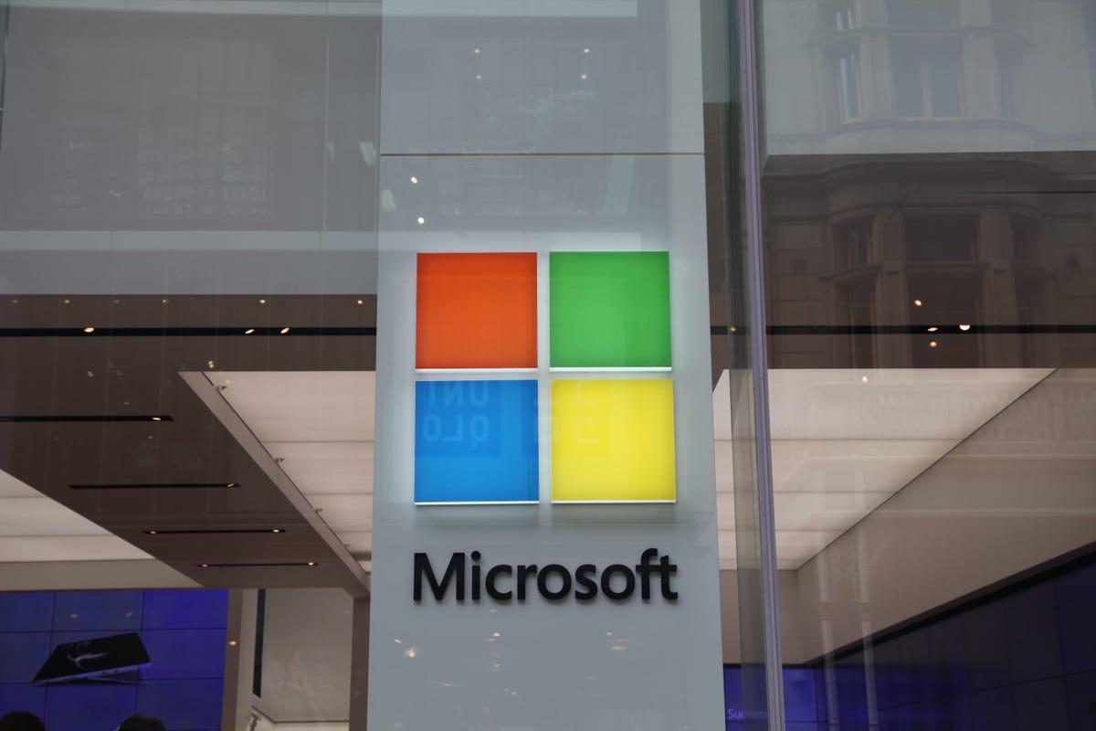microsoft-store-sydney-logo.jpg