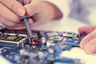 hardware-engineering-shutterstock-244199509.jpg