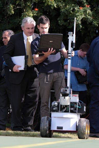 its-magic-aussie-robot-war-photos1.jpg