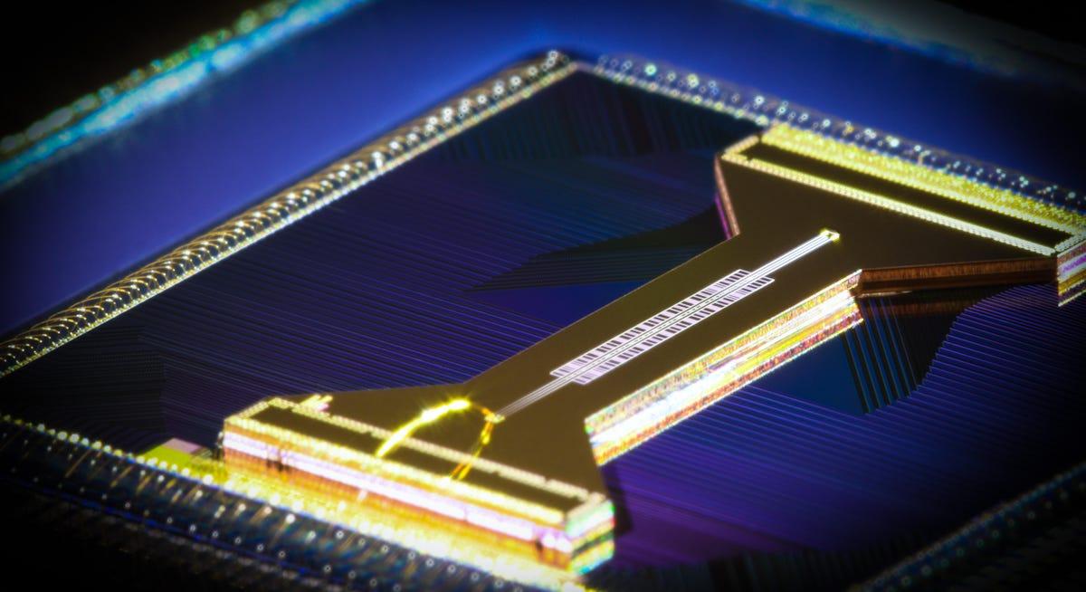 honeywell-quantum-solutions-linear-trap.jpg