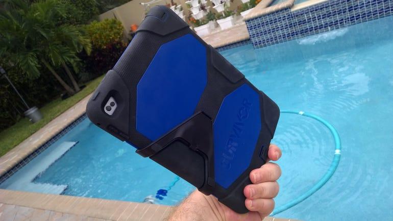 Griffin Survivor All-Terrain for iPad Air 2 (rear view)