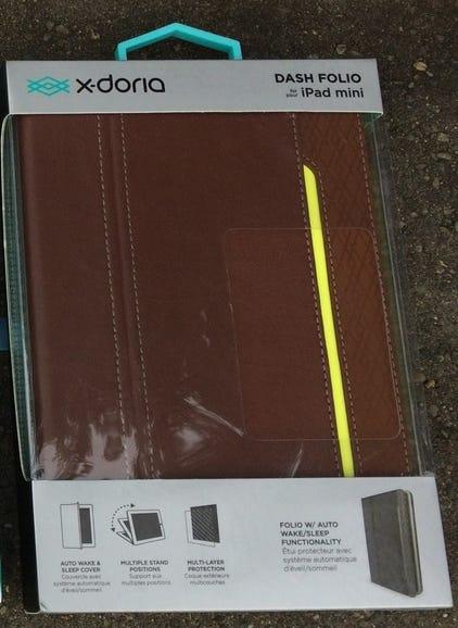 X-Doria Dash Folio retail package