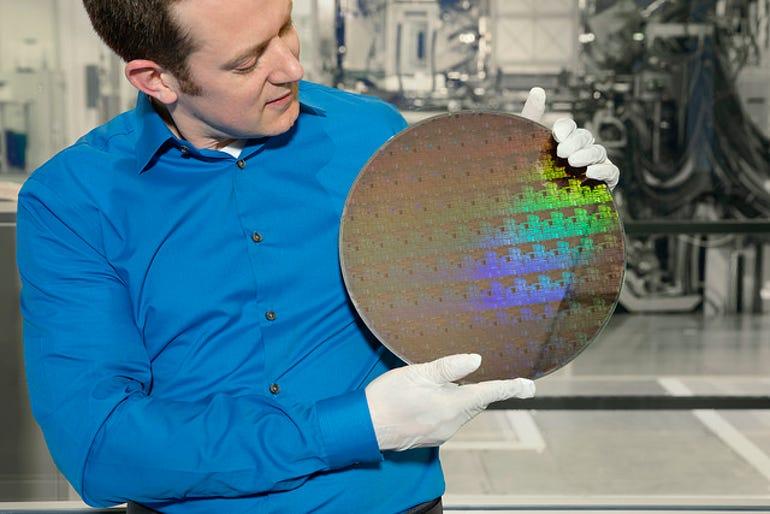 ibm-5nm-chip.jpg