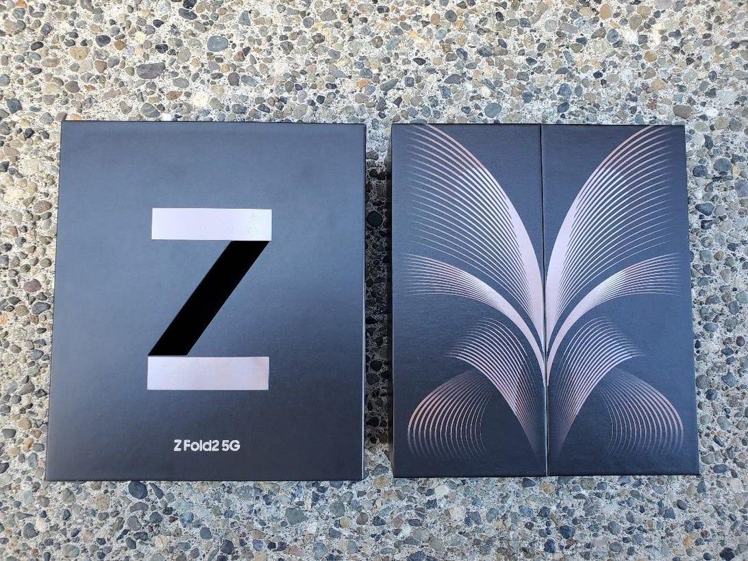 galaxy-z-fold2-1.jpg
