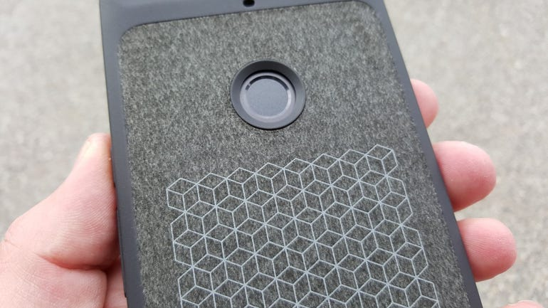 Middle back of the Nexus 6P case