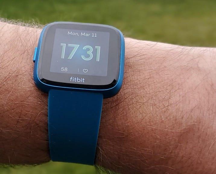 Fitbit Versa Lite clock face