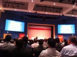 CEO Larry Ellison performing Oracle Cloud demo. Credit: Rachel King/ZDNet.