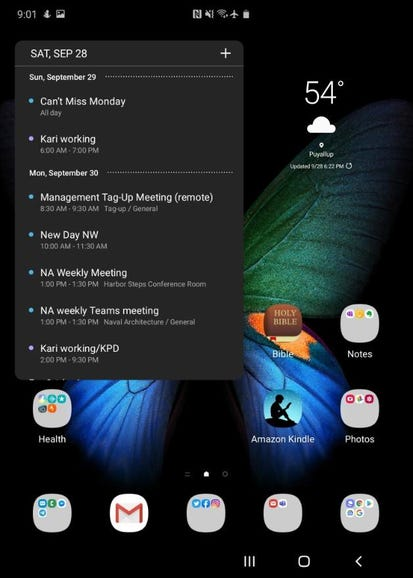 Opened Fold with widgets and apps