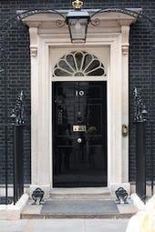 400px-10_Downing_Street_door