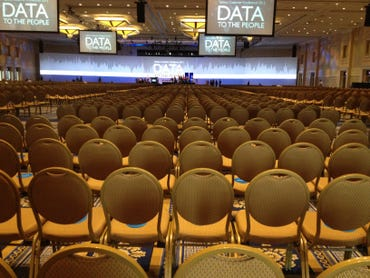 conference-hall-empty-gaylord-national-convention-center-september-2013-photo-by-joe-mckendrick.jpg