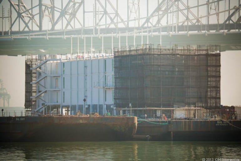 zdnet-cnet-google-glass-barge-sf
