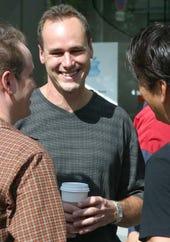 Apple Retail's revolving door; Jerry McDougal out as VP - Jason O'Grady