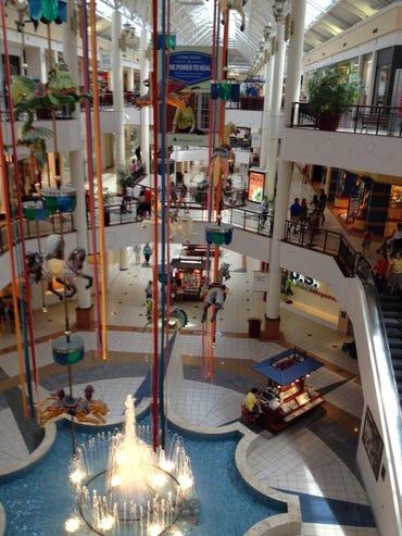 mall-willow-grove-mall-pa-2-photo-by-joe-mckendrick.jpg