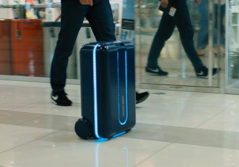 Travelmate autonomous suitcase and robot