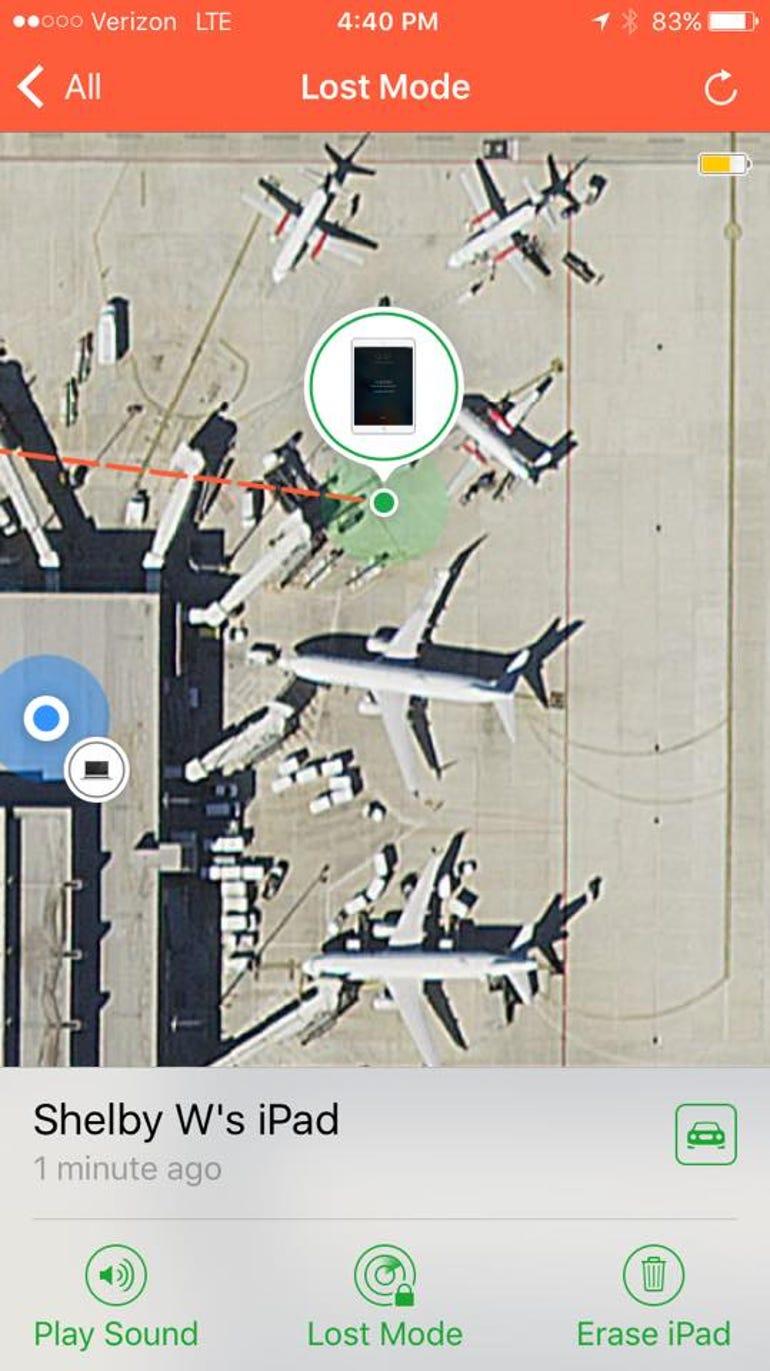 bonnie-ipad-in-airport.jpg