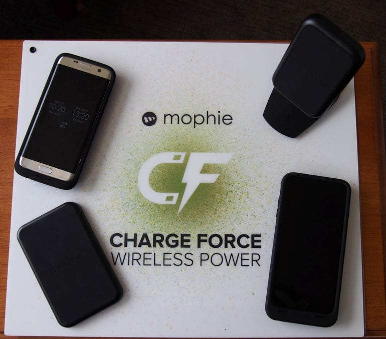 mophie-charge-force-wireless-2.jpg