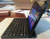 04 Tablet with keyboard side 600