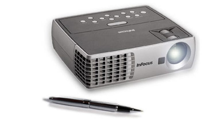 infocusin1100-projector1.jpg