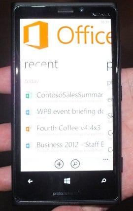 Windows_Phone_8_Lync_Office