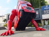 Giant robot bus pushes for London Olympic glory: Photos