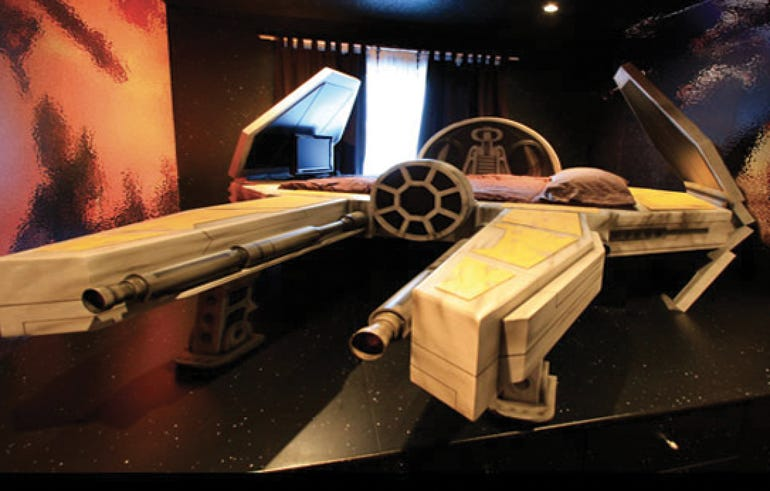 Deep Space Fighter bed and galaxy murals