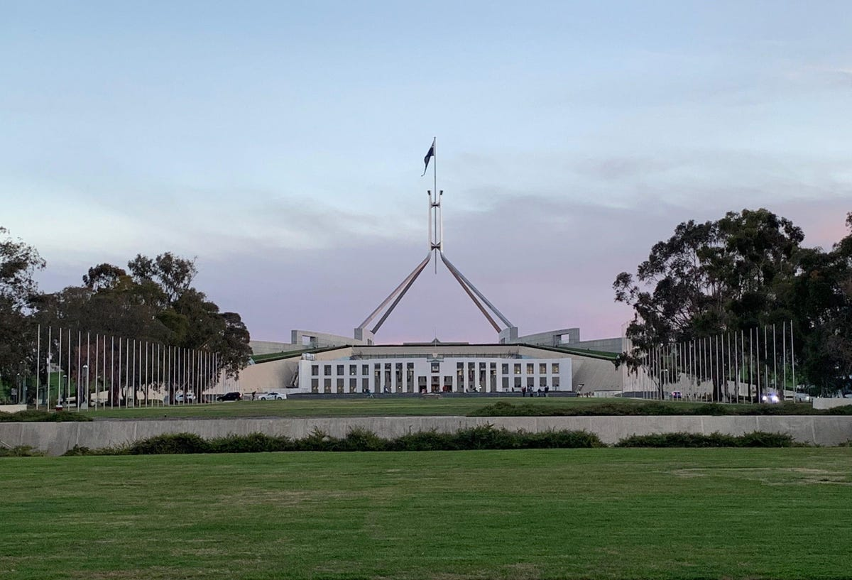 parliament-house-canberra-distance.jpg