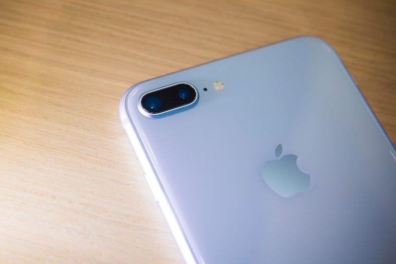 apple-091217-iphone-8-3886.jpg