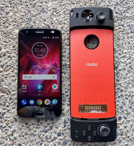 Moto Z2 Force and Gamepad Mod size comparison