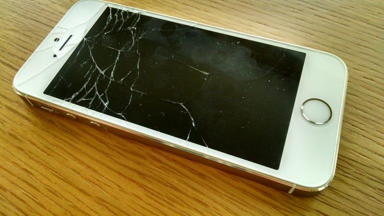 iphone5broken770x433.jpg