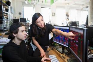 it-leader-cio-cto-software-develop-it-teamwork.jpg