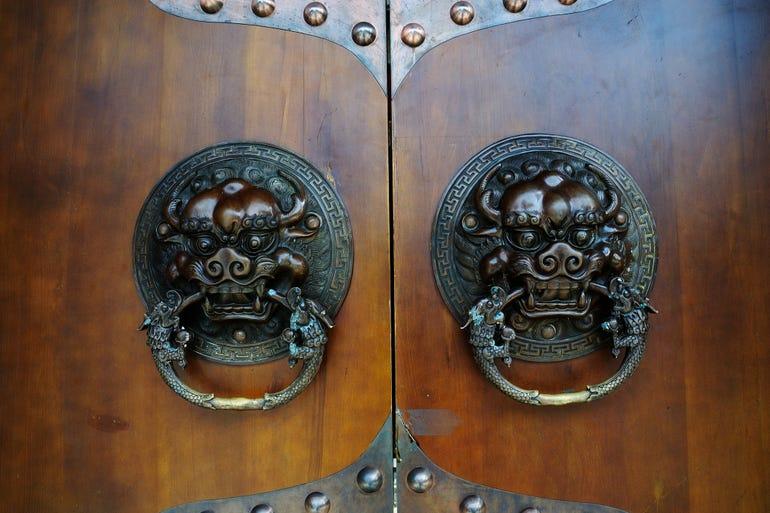 antique-door-knocker.jpg