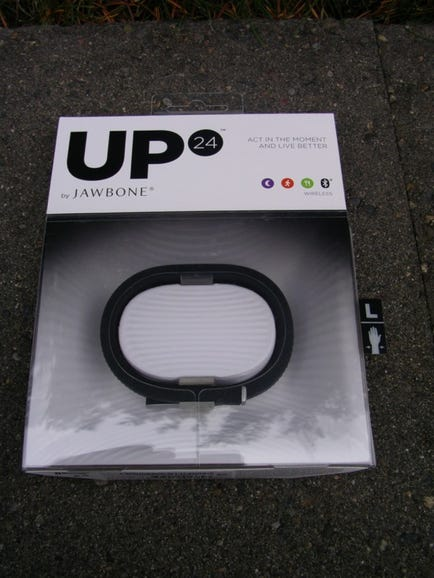 Jawbone UP24 retail package