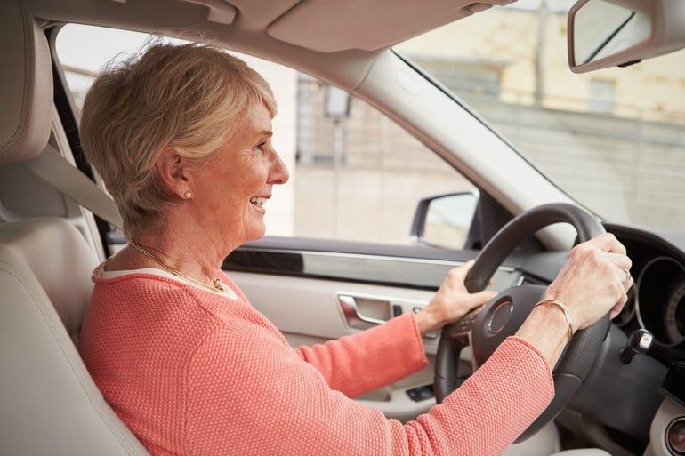 baby-boomer-autonomous-car-senior-driving.jpg