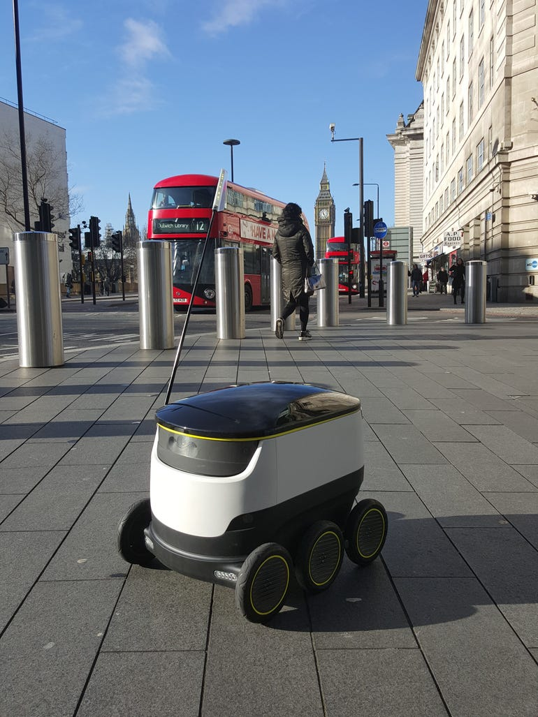 starship-is-trialling-the-delivery-robots-in-london.jpg