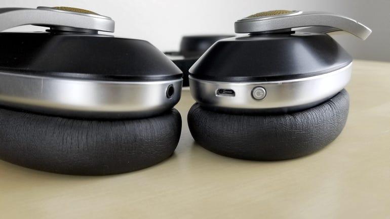 blue-microphones-satellite-wireless-headphones-5.jpg