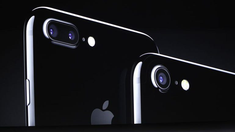 iphone7and7pluscameras.jpg