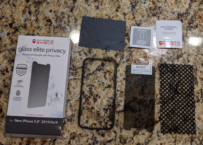 InvisibleShield Glass Elite Privacy retail package