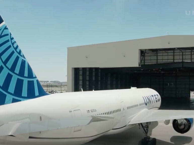 United Airlines CEO made a disturbing prediction about Zoom | ZDNet