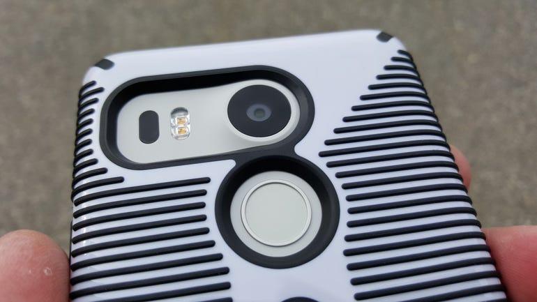 Speck CandyShell Grip on the Nexus 5X