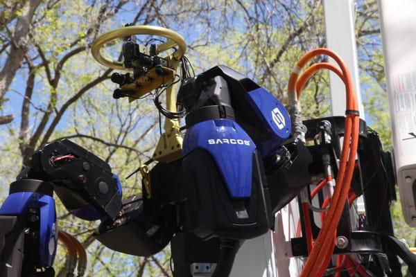 Network effect: Strong robot gets 5G upgrade