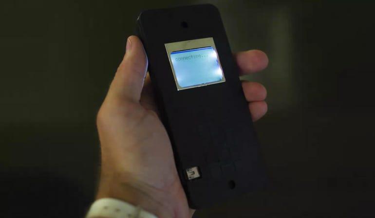 zdnet-mit-self-assembly-phone.jpg