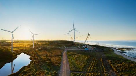 apple-eu-renewable-energy-expansion-wind-farm-09012020-big-jpg-large-2x.jpg