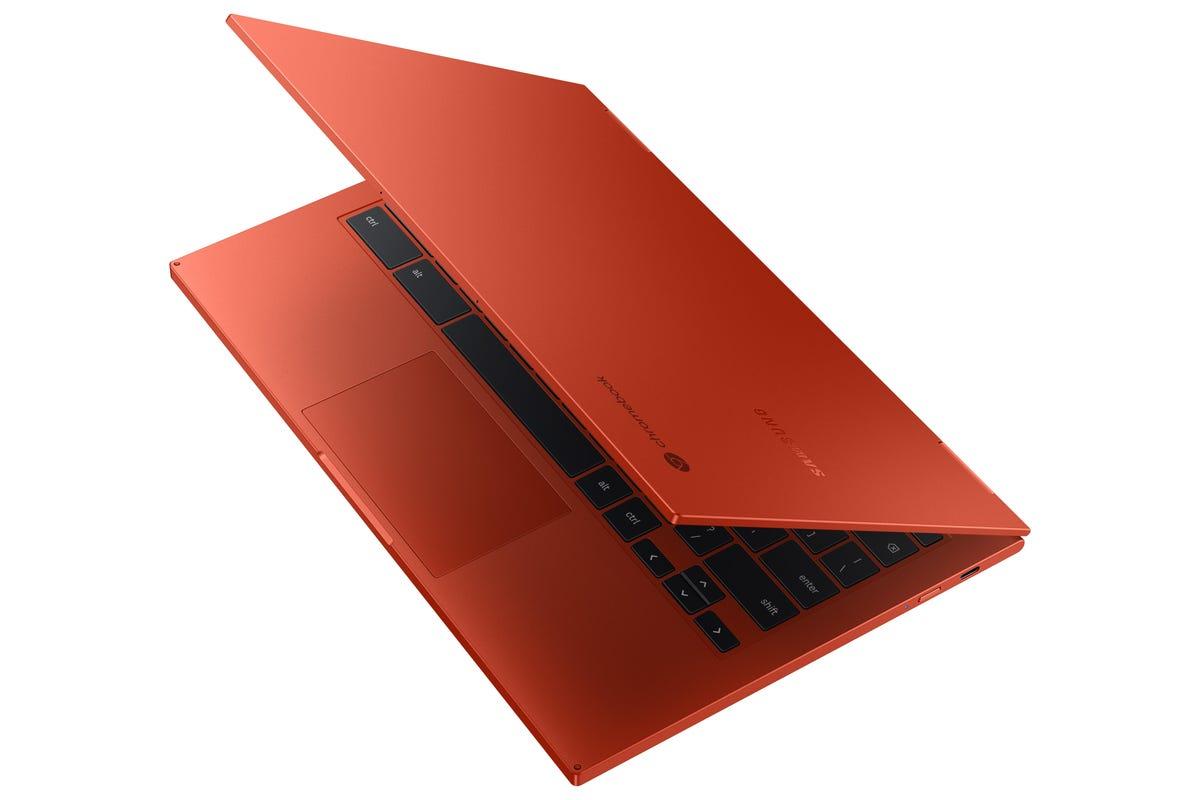 galaxy-chromebook-2-dynamic-red.jpg