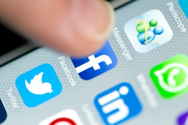 facebook-phone-on-app-representing-nivdort.jpg